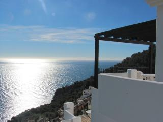 Villa with Large private Pool & Spectacular Views, La Herradura