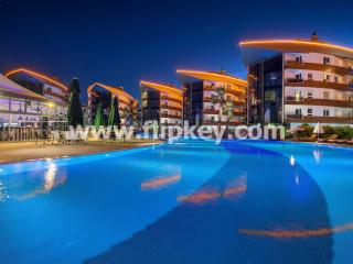 Comfortable 2 BR apartments at luxury Onkel Residence, Antalya