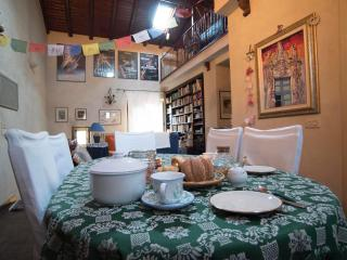 Exclusive Artist's House in the Historic Centre, Catania