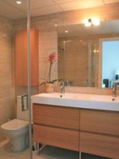 Master bedroom en-suite Shower room, walls in marble