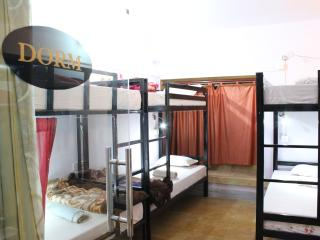 Charming beds in 10 beds Dormitory, Jaisalmer