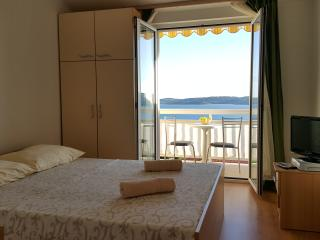 Studio apartment Ana Trogir-Seget Amazing View