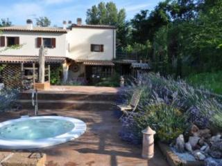 Country House Piece of Peace,PiscinaJacuzzi, Apt 3, Cupramontana