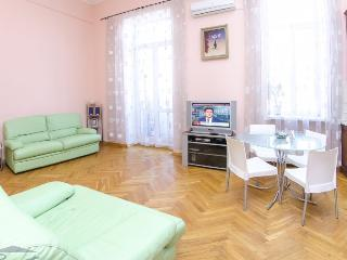 One-bedroom studio apartment in Kiev