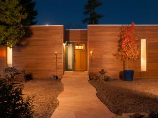 Casita Maria five minute walk to downtown Taos.