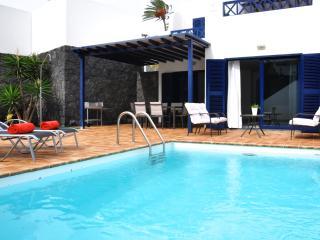 Villa con vistas al océano, piscina privada y wifi, Playa Blanca