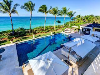 Pembroke House, Sleeps 12, Isla Paraíso