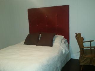 Room for rent in Central Etobicoke, Toronto