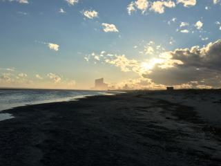 Great house close to beach, shops & Atlantic City, Brigantin