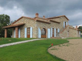 Villa Fiorentina, - Tuscan Villa, Private Pool, with Climate Control, Castiglion Fiorentino