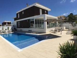 Luxurious villa Lime Lounge near beach + Alicante, Gran Alacant