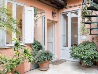Monti Secret Garden