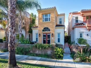 New! Spacious home near the Oceanside Pier!