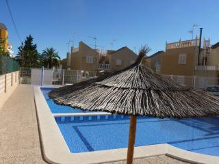 fully renovated holiday home (6p) in Costa Blanca, Punta Prima
