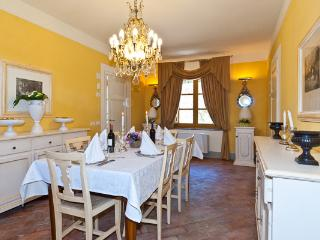 Charming cottage with fully equipped Tuscan kitchen. CSL CAV, Arezzo