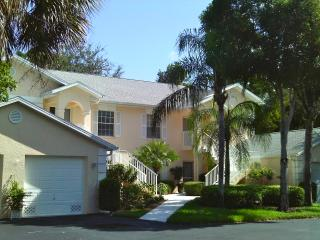Beautiful & Close to Beaches Naples, Florida, Nápoles