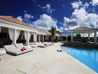 Modern and spacious 4 bedroom luxury family villa, St. Maarten-St. Martin