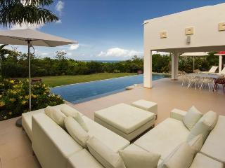 Modern Caribbean styled 2 bedroom villa at Terres Basses, St-Martin/St Maarten
