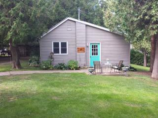 Lime Kiln Cottage #10, Inverhuron