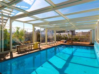 Apt1&2 Heated Pool & Acropolis view
