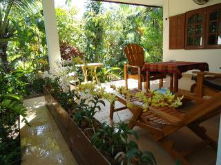 Bang Sare -Bungalow  ROSE--Free WIFI-Privacy-Relax