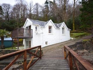 28765 Cottage in Dunoon, Colintraive