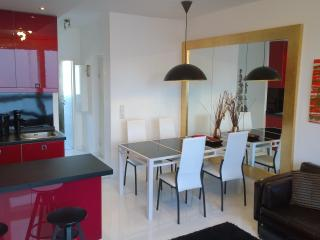 Italian designer apartment, 42m², fully equipped, Berlin