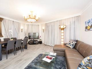 CENTER - Le Marais - 3 Bedrooms / 3 Bathrooms