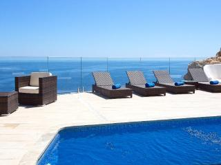 4 bedroom Villa with Pool, Air Con and WiFi - 5047026