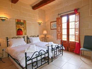 Razzett Abela Farmhouse, B and B, Kercem,Gozo