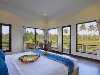 Rice Field View Natural Villa, Ubud