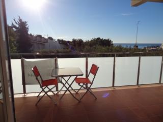 LOVELY APART, con vistas a mar, Sitges