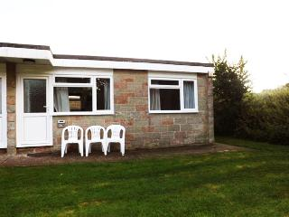 ISLE OF WIGHT, self catering chalet sleeps 5