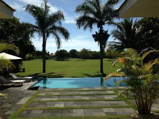Villa Campo de Golf en la Playa de Rep Dominicana., Juan Dolio