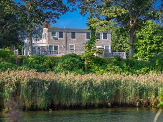 BURTS - Lagoon View House, Gorgeous Waterviews, Screened Porch, Large Deck, Patio Area, A/C in 5 Bedrooms, Vineyard Haven
