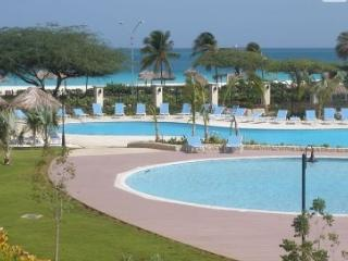 Beautiful 2Br 3Ba Oceania Residences Eagle Beach, Palm - Eagle Beach