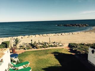 1st Line Beach Front Villa - Primera Linea, Estepona