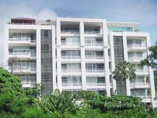 Hillside 3-Bed Apartment in Karon