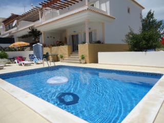 TTA023M - Villa Luz w/ Private Pool, Armação de Pêra