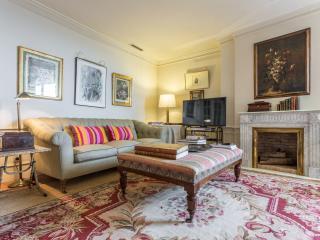 16th floor elegant apartment with amazing views, Madrid