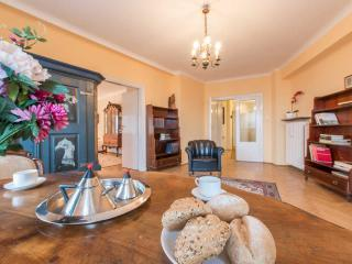 Cozy 3 bedrooms apartment, Warsaw