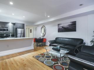 Luxury 2 Bedroom 2 Bathrooms with private ootddor, New York City