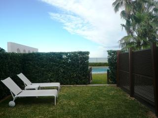Precioso apartamento en la primera linea de playa, Denia