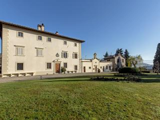 Charming, in the heart of Chianti, swimming pool, Pontassieve
