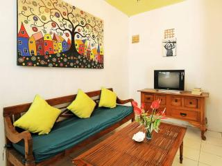 Strategic Balinese Apartment Seminyak
