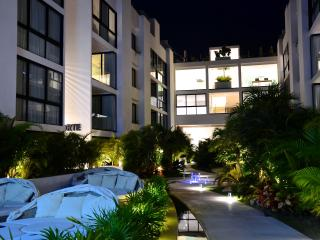 Beautiful Apart Anah 301-S 20th ave with 14th St, Playa del Carmen