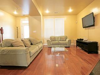 Modern Luxury,Fireplace,Hdtv/Rm,Wii,Great Location