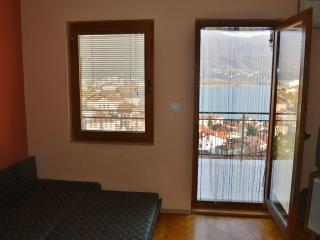 Orange apartment (Villa Ohrid)