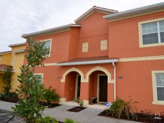 4 bedroom luxury townhouse in Paradise Palms
