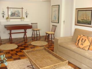 Spacious 3 bedroom apartment in Rio - Leblon, Rio de Janeiro